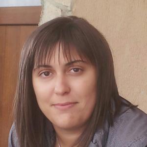Деница Саръиванова